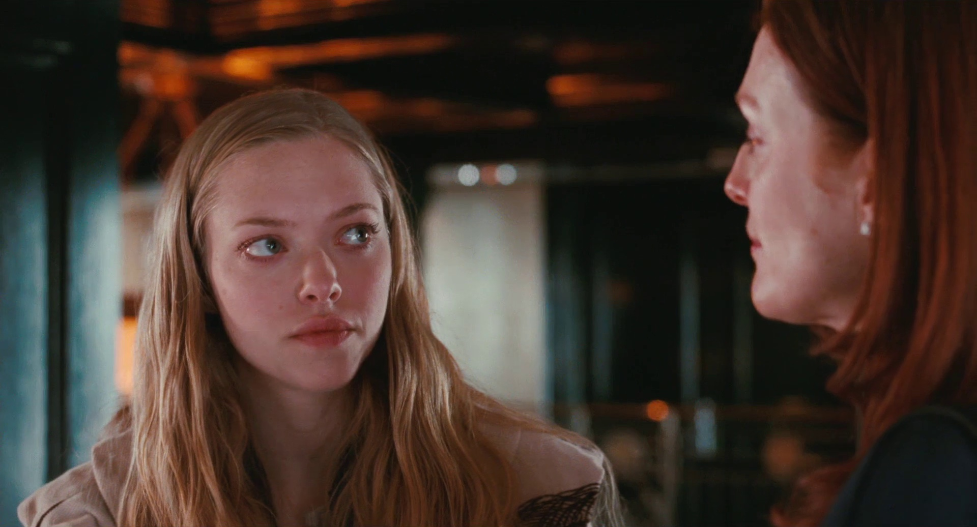 "Amanda Seyfried Chloe Scene the art and design of ""chloe"" – interview with phillip"